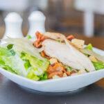 Dieta: 3 días de arroz, 3 días de pollo (pescado), 3 días de frutas (verduras)